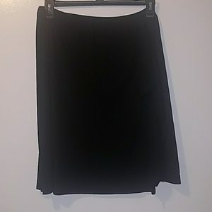 Black, stretchy skirt with ruffle detail